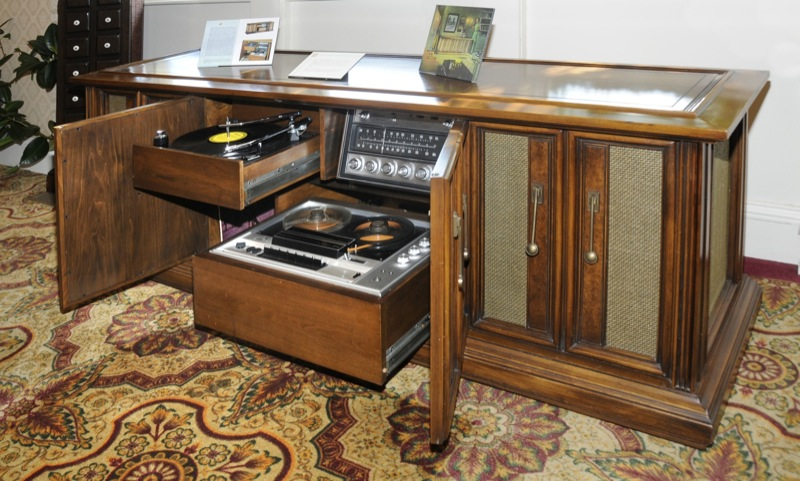 1972 Record Player